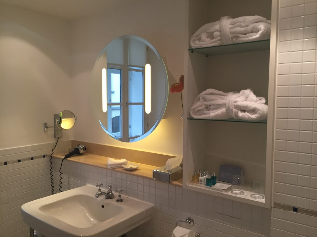 Hotelzimmer - Junior Suite - Das Triest - Wien - Miss Phiaselle