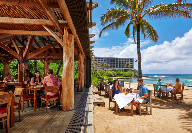 Turtle-Bay-Resort-restaurant-beach