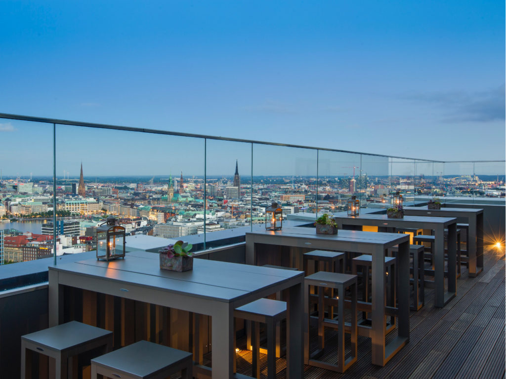 Rooftopbars in Hamburg-Dachterrassen in Hamburg-Bars mit Ausblick Hamburg-High End Hamburg