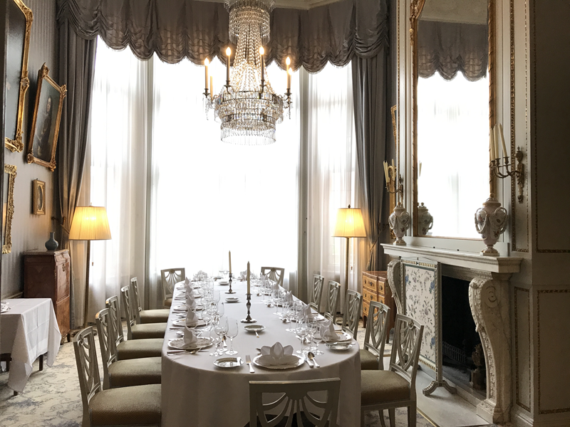 Schlosshotel-Kronberg-Small-Luxury-Hotels-of-the-World-Miss-Phiaselle-Reiseblogger-Abendessen-Schlosshotel-Kronberg