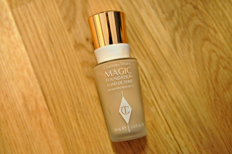 aufgebraucht-im-oktober-charlotte-tilbury-magic-foundation-review