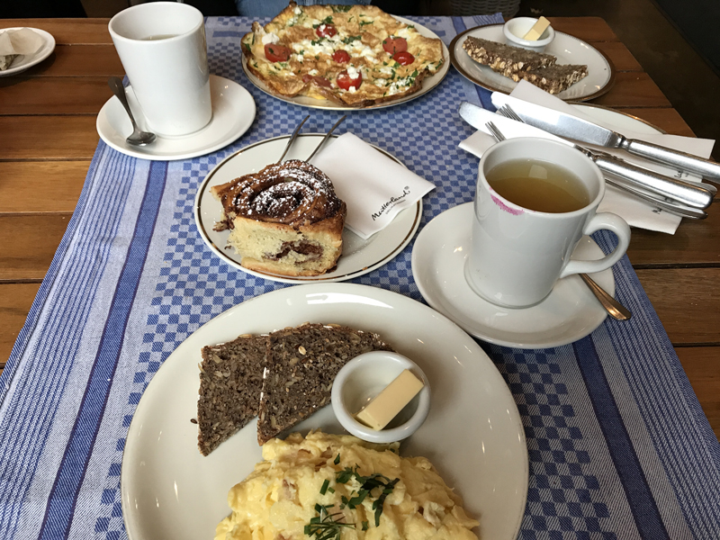 Fruehstueck-in-Hamburg---Brunch-Hamburg---Breakfast-Hamburg-Mutterland