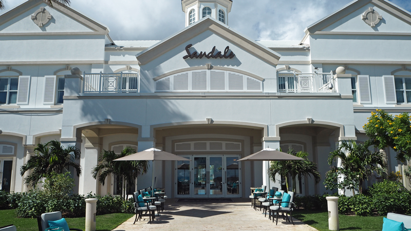 sandals-emerald-bay-great-exuma-lobby-entrance